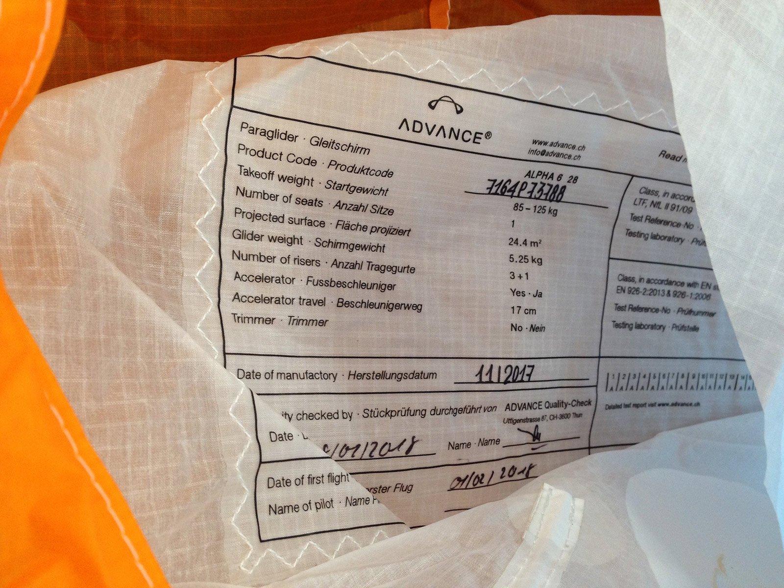 Check Alpha 6 Typenblatt Identifizierung des Fluggerätes
